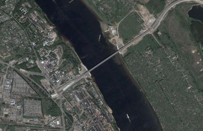 Мост Юбилейный в Ярославле